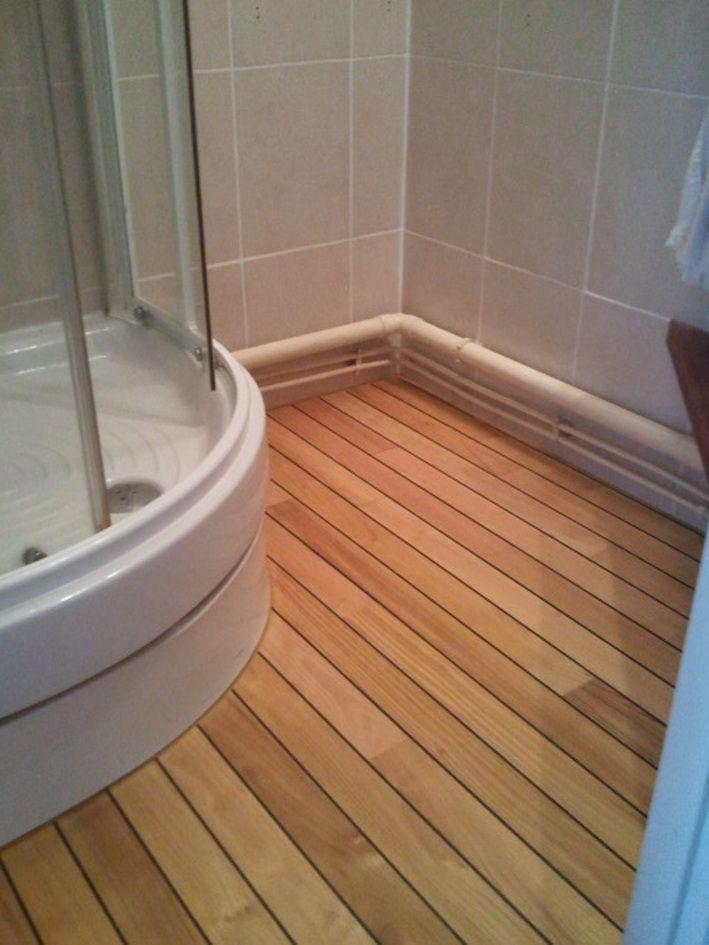 carrelage imitation teck pont de bateau affordable finest parquet pont de bateau salle de bain. Black Bedroom Furniture Sets. Home Design Ideas