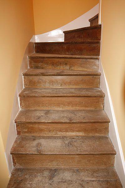 r novation pon age parquet escalier de micheli st jean de maurienne. Black Bedroom Furniture Sets. Home Design Ideas