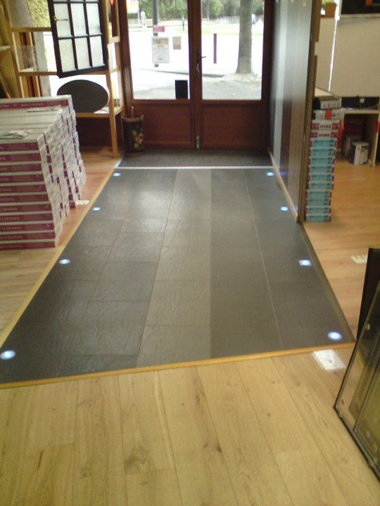 Parquet stratifie sur carrelage for Carrelage entree